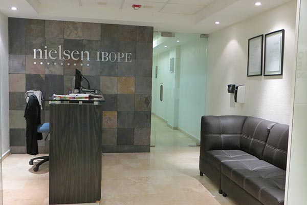 The reception desk of Nielsen's office in Mexico