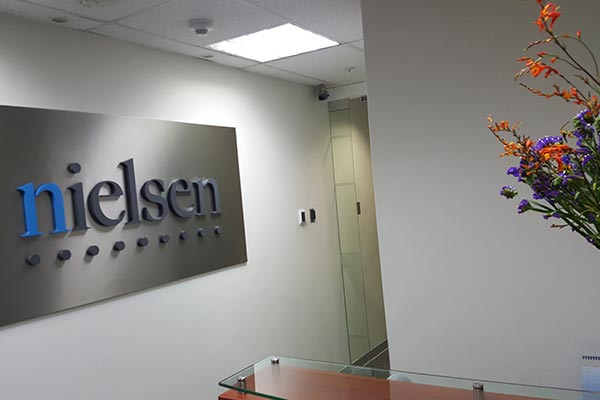 The reception desk of Nielsen's office in Peru