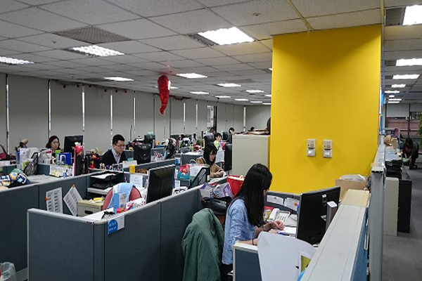 An interior view of the Nielsen office in Taiwan with employees hard at work